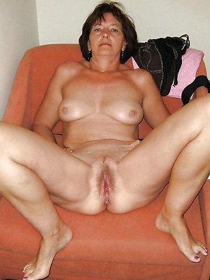 xxx easy mature brunette sex
