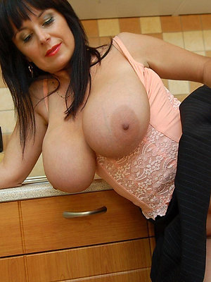slutty mature suntanned column