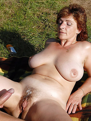 super-sexy mature women creampie