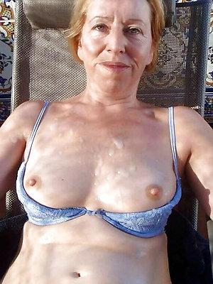 curious mature cumshot porn gallery