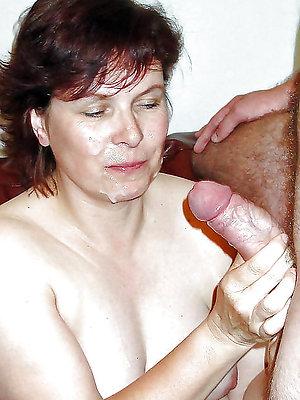 naughty mature woman cumshot