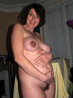beautiful mature pregnant pussy