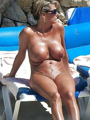 hotties grown up naked beach