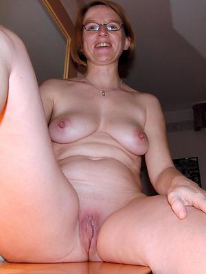 wonderful single mature women porn pics