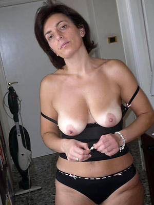 comely unmitigated mature pictures