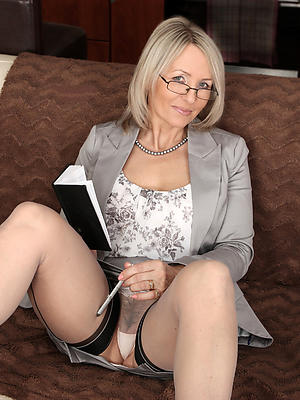 free pics be worthwhile for bald mature models