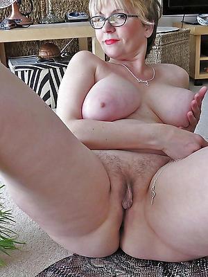 mature hairy vulva love porn