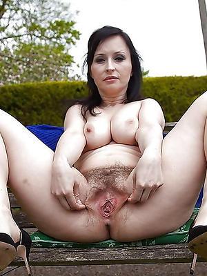 curvy mature sexy vulva