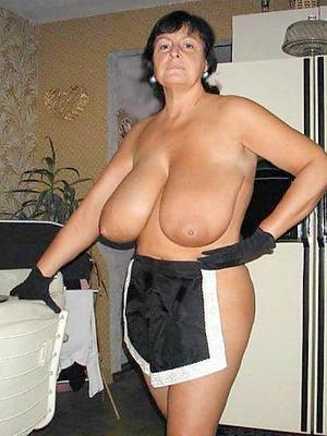 hotties mature body of men with big tits porn pics