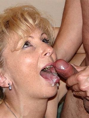 naught blonde mature nude photos