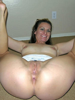 of age ass and pussy posing nude