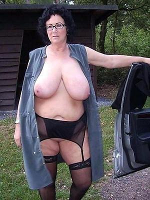 chubby mature naked women love porn