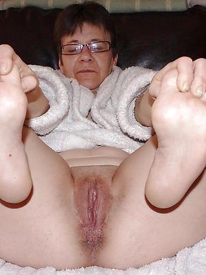 xxx mature XXX limbs homemade porn pics