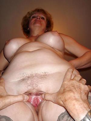 porn pics of horny nude mature women