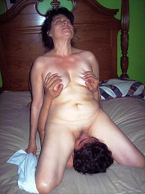 magnificent eating mature pussy porn