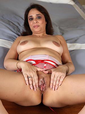 sexy of age latina pussy pics