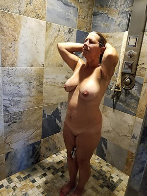 whorish mature shower porn photos