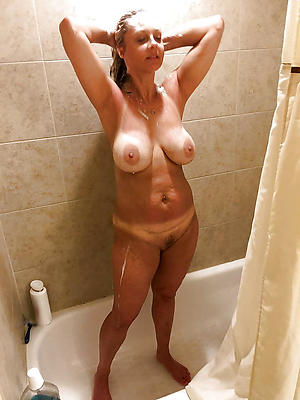 naughty mature shower homemade porn