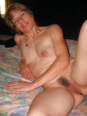 gorgeous real mature woman homemade porn