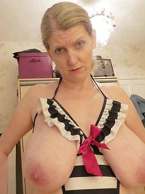 beautiful mature saggy tit porn pictures