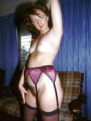 porn pics of naked mature single