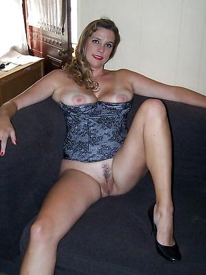 beautiful mature and single women porn gallery