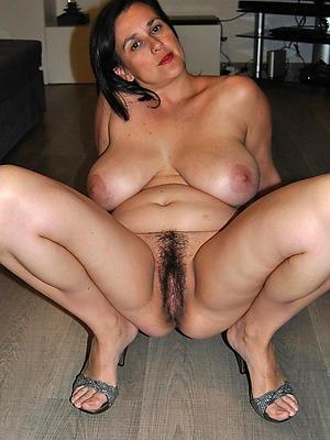 xxx unshaved mature pussy pics
