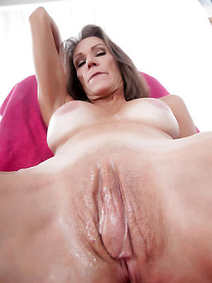 xxx mature shaved women homemade porn pics
