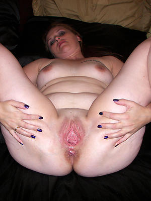 porn pics of mature shaved women
