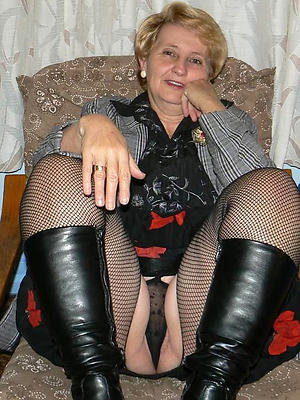 beautiful mature upskirt pussy sexy pictures