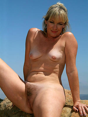 free pics of outdoor mature nudes