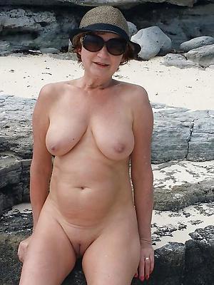 hotties mature tits minus homemade pics