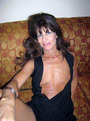 beautiful mature women alongside small tits uncovered pics