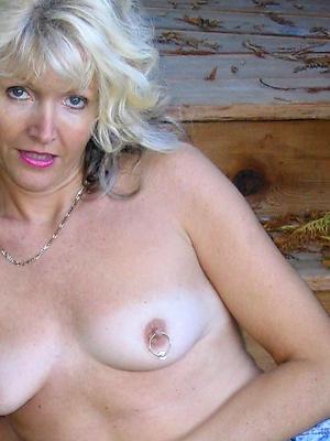 naughty beautiful mature naked women porn pics