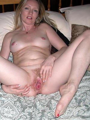 hotties mature horny women porn pics