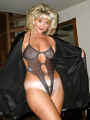 nasty mature in one's birthday suit chisel porn pics