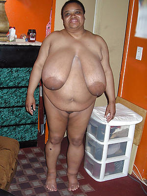 slutty mature funereal pussy nude pictures
