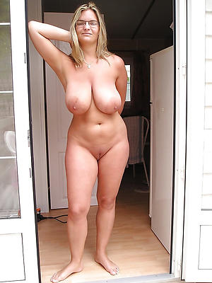 mature amature housewives stripped
