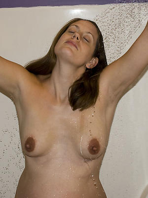 fantastic milf of age women in shower pics
