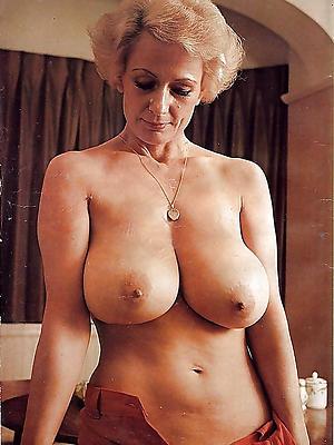 gorgeous vintage mature porn pics