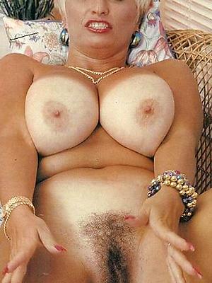 curvy vintage mature nudes