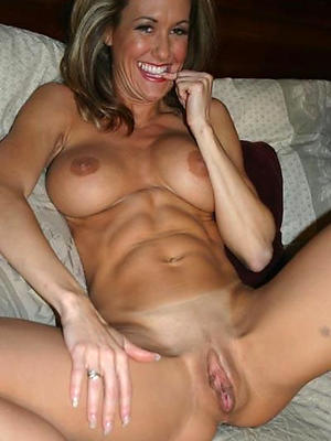 free pics of shrunken mature exclusively