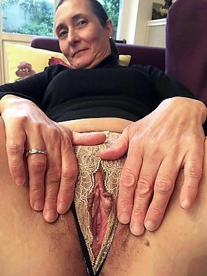 xxx unconforming mature women cunts homemade pics