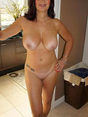 porn pics of mature amateur moms