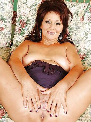 fantastic nude mature amateur pic