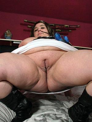 beautiful fat mature women naked