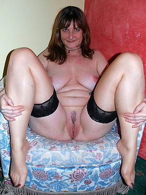 xxx mature legs and feet pictures