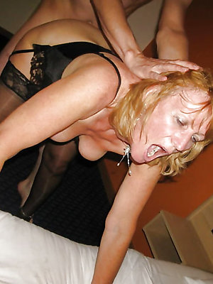 down in the mouth hot mature fuck pic