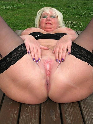 sexy mature white women porn