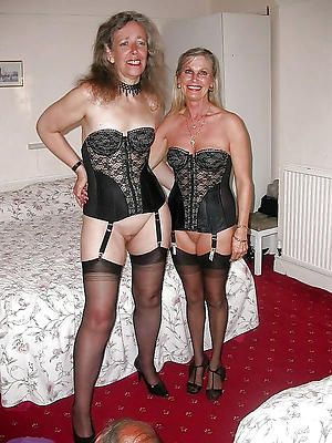 porn pics of mature pussy in nylons